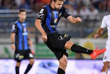 Calcio, 0-0 del Latina contro l'Ascoli che allontana ogni speranza