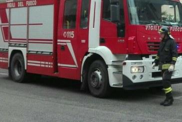 Esplosione in una palazzina a Velletri, tre feriti