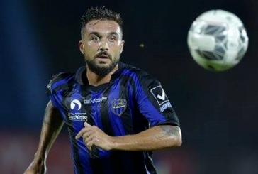 Latina Calcio in caduta libera, perde 2-0 a Bari e sprofonda all'utimo posto