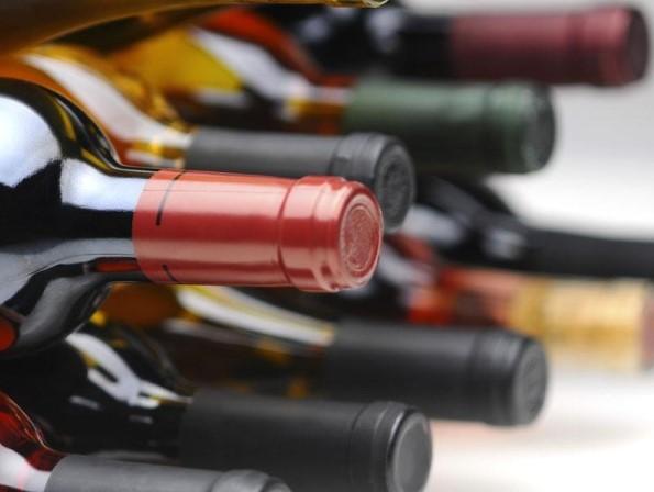Frode su alcolici, indagini nel casertano e in Abruzzo