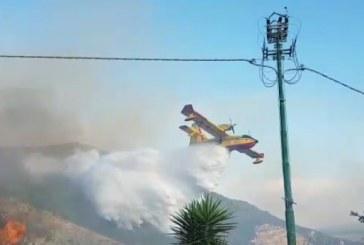 VIDEO Vasto incendio a Sermoneta, le fiamme minacciano alcune case