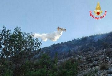 Incendi a Terracina e Norma, canadair in azione