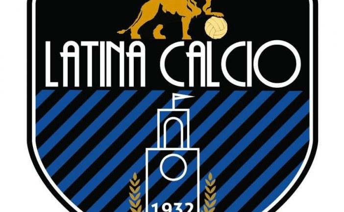 Latina Calcio 1932, ecco la lista dei 22 giocatori in partenza per Cascia