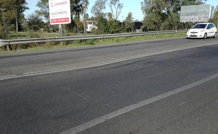 FOTO Crepe sulla Pontina all'altezza del sottopassaggio di via Gorgoglicino