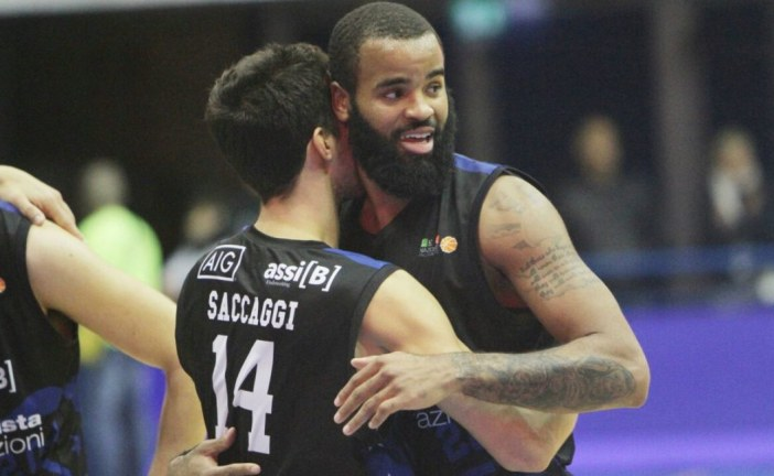 Benacquista Latina Basket, altra vittoria: battuta Scafati 74-73