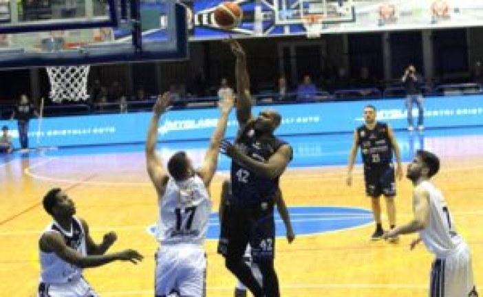 Terza sconfitta consecutiva per la Benacquista: il derby lo vince Eurobasket