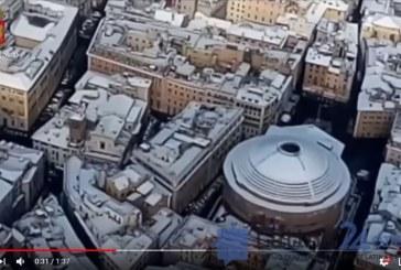 VIDEO Roma sotto la neve, il video della polizia impazza sui social