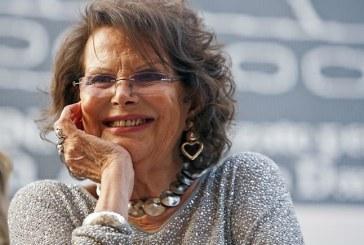 Problemi di salute per Claudia Cardinale, rinviato lo spettacolo a Latina