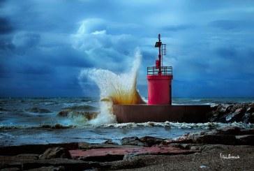 FOTO La straordinaria forza del mare a Rio Martino