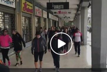 VIDEO WalkZone arriva nel centro di Latina, camminata a ritmo di musica