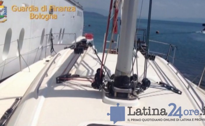 VIDEO False fideiussioni, arrestato il promotore di Latina. Sequestrato maxi yacht a Gaeta