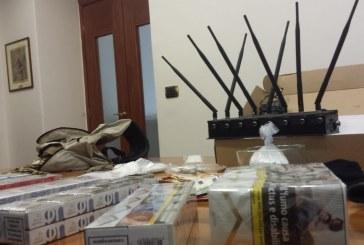 Droga, denaro e sigarette. Arrestato un avvocato di Latina, blitz in piazza Roma