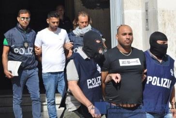 FOTO VIDEO Latina, 25 arresti per associazione mafiosa: colpito il clan Di Silvio. Nel mirino anche gli avvocati. Voti venduti a 30 euro
