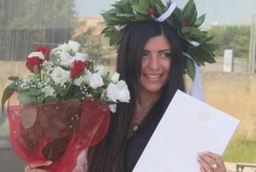 Una studentessa di Lecce si laurea con una tesi su Tiziano Ferro e il suo amore per Latina