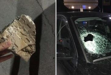 Sassi contro le auto sulla Pontina, 6 mezzi colpiti e 2 persone ferite. La polizia: Non fermatevi