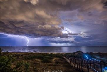 FOTO Fulmini nel cielo di Latina