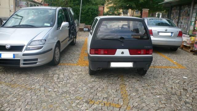 auto_priverno_parcheggi_523675r76e