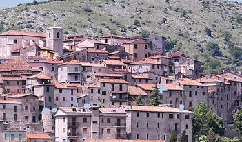 bassiano_paese_veduta_097856732